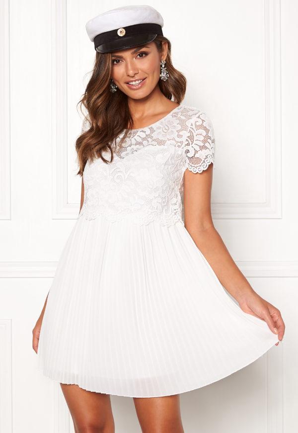 Kaunis mekko sifonkia ja pitsiä - TopLady
